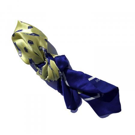 Silk scarf in Wright Flyer 1