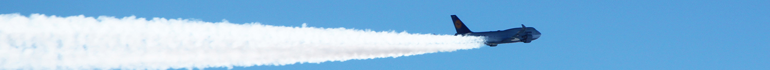 B747 airliner jet atlantic flight contrail